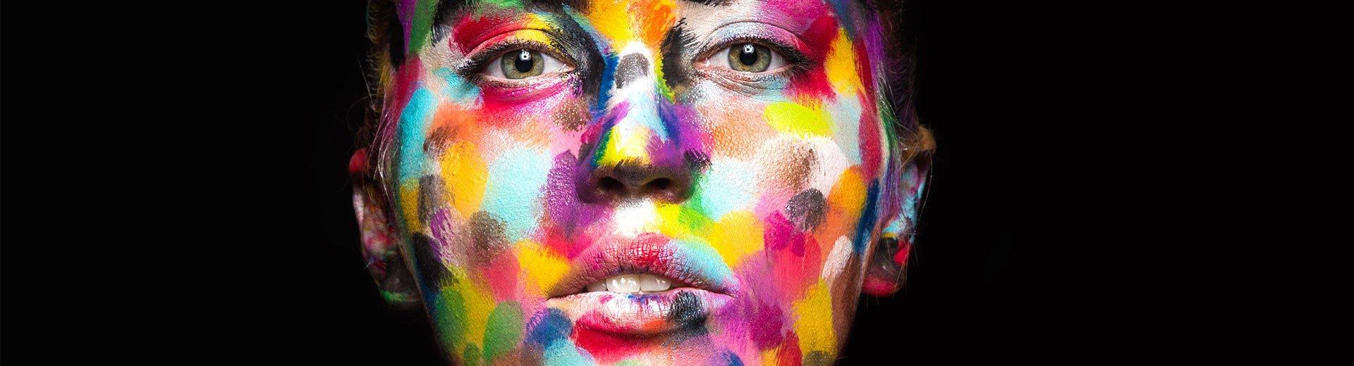 Okładka artykułu Efektywne użycie barw w marketingu — Kolor kluczem do umysłu