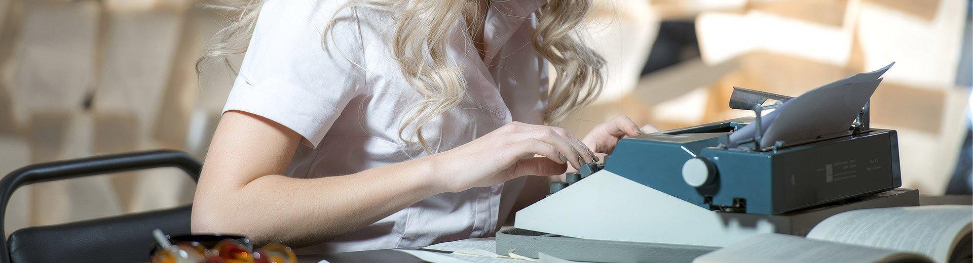 Okładka artykułu Jak pisać dobre teksty reklamowe? — 9 prostych zasad content marketingu