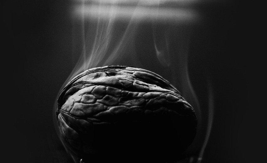 Okładka artykułu Jak sfotografowac i obrobić zdjęcie dymu — Poradnik dla fotografika