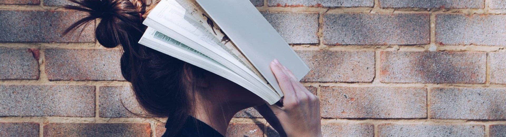 Okładka artykułu Studia podyplomowe związane z projektowaniem i grafiką — Przegląd ofert polskich uczelni