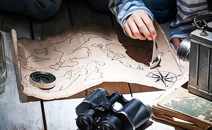 Okładka artykułu Darmowe mapy do projektów graficznych — Jak je pobrać z OpenStreetMap?
