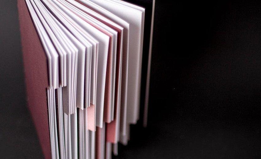 Okładka artykułu Jaki papier wybrać? — Właściwości i parametry ważne w druku
