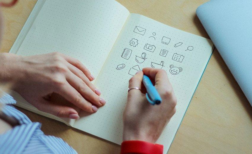 Okładka artykułu Podstawowa księga znaku — Co powinna zawierać i kiedy ją tworzyć?