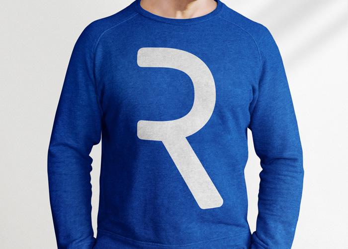 Mockup - sweter z nadrukiem - freebies, darmowe materiały