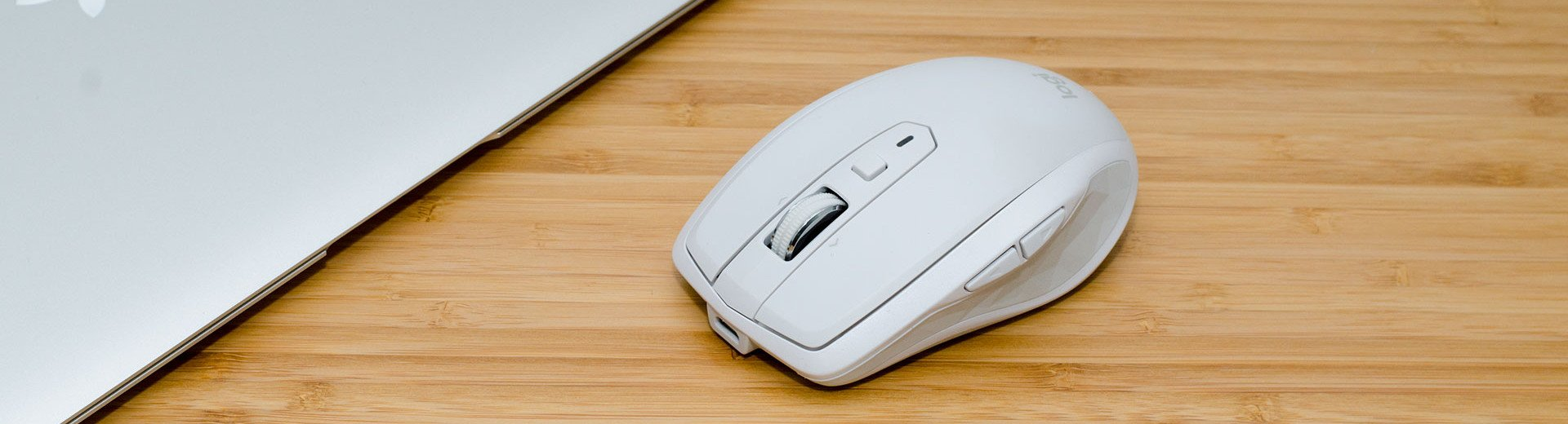 Okładka artykułu Wszędzie i w dobrym stylu — Recenzja myszy Logitech MX Anywhere 2S