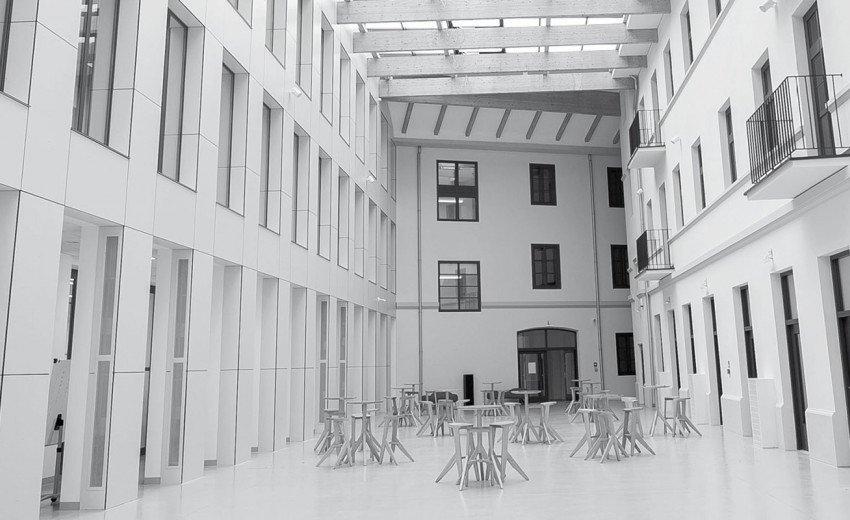 Okładka artykułu Graficzne eksperymenty pod okiem ekspertów — Zapraszamy na kurs Warsaw Design LAB
