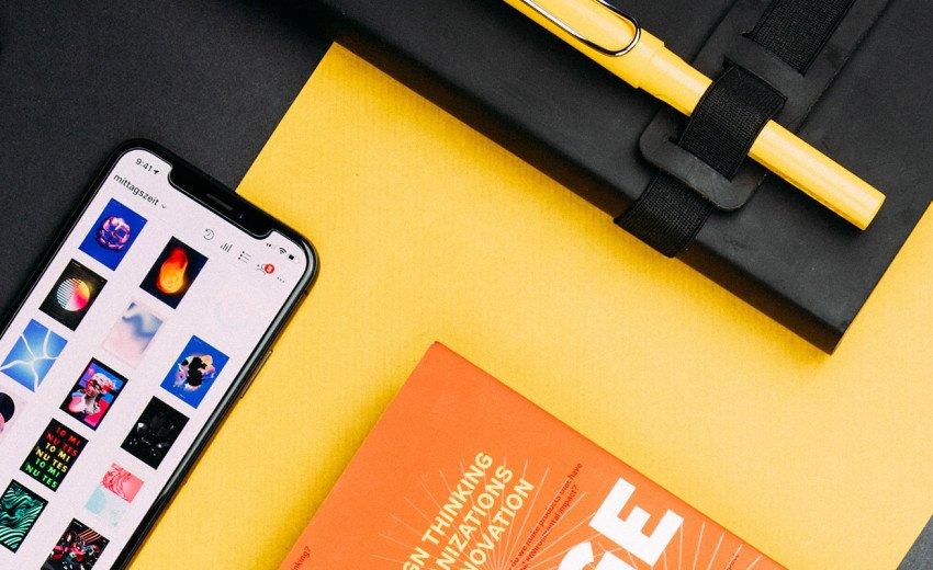Okładka artykułu Trendy w projektowaniu stron internetowych — Trzeci kwartał 2018: Szerokie fonty, siatka i interaktywne menu
