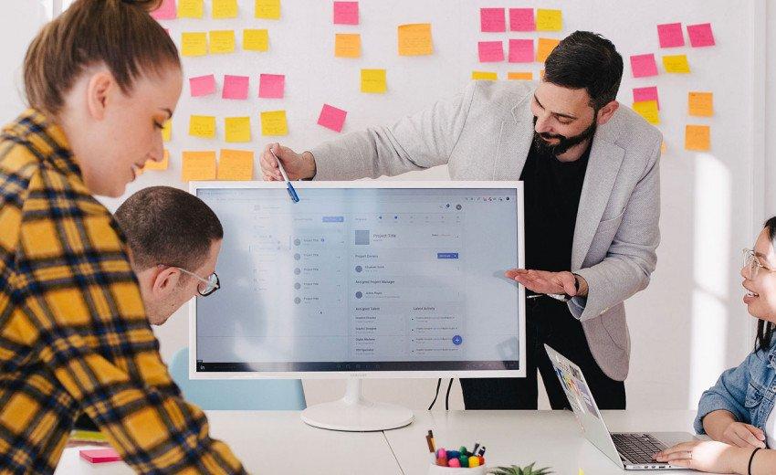 Okładka artykułu Dobre portfolio – jak je złożyć? — Poradnik od rekrutera dla projektanta