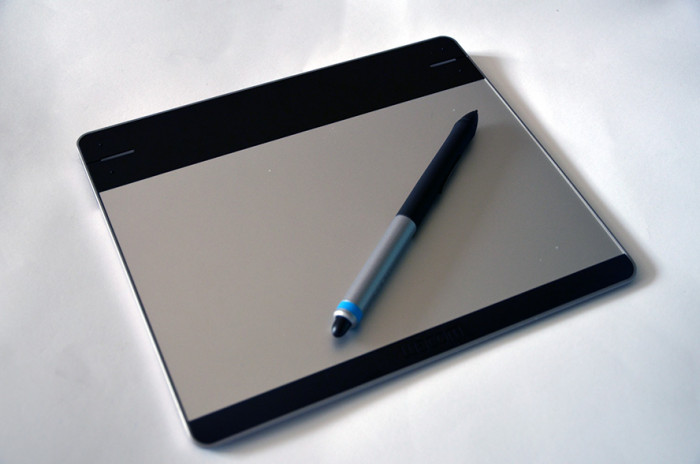 Tablet-Piorkowy-Wacom-Intuos-Pen&Touch-S-CTH-480S-2
