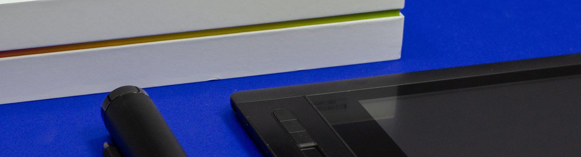 Okładka artykułu Budżetowy tablet graficzny z ekranem — Recenzja XP Pen Artist 12