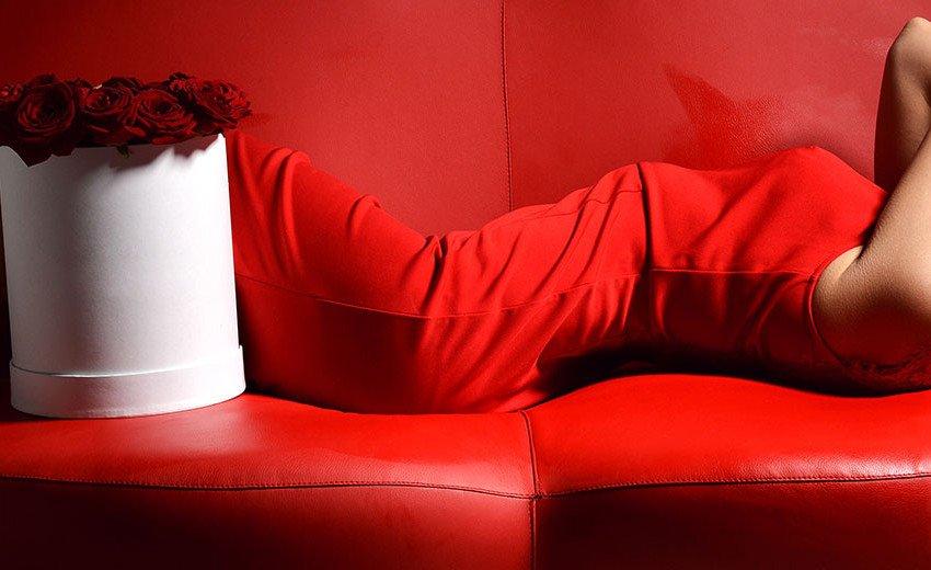 Okładka artykułu Znaczenie i odbiór barwy czerwonej — Kolory w projektowaniu