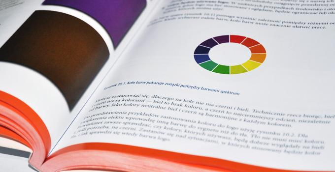 Koło barw w książce