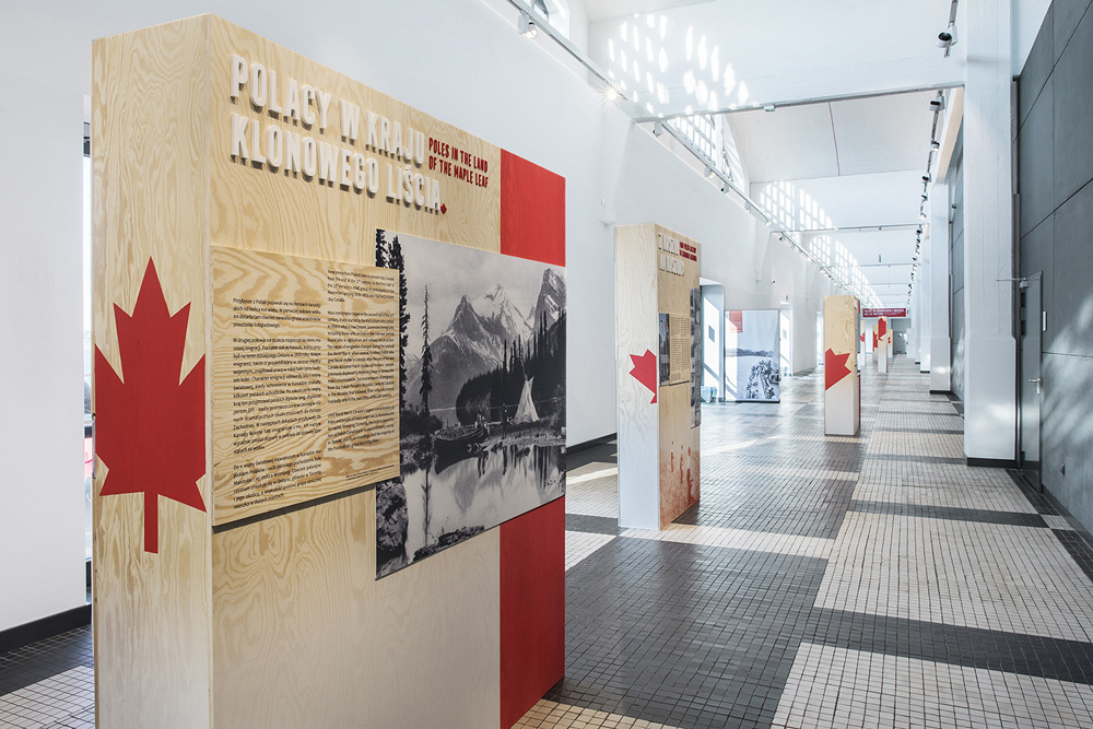 """Anita Wasik, Dorota Terlecka """"Polacy w kanadyjskiej mozaice.150 lat historii"""""""