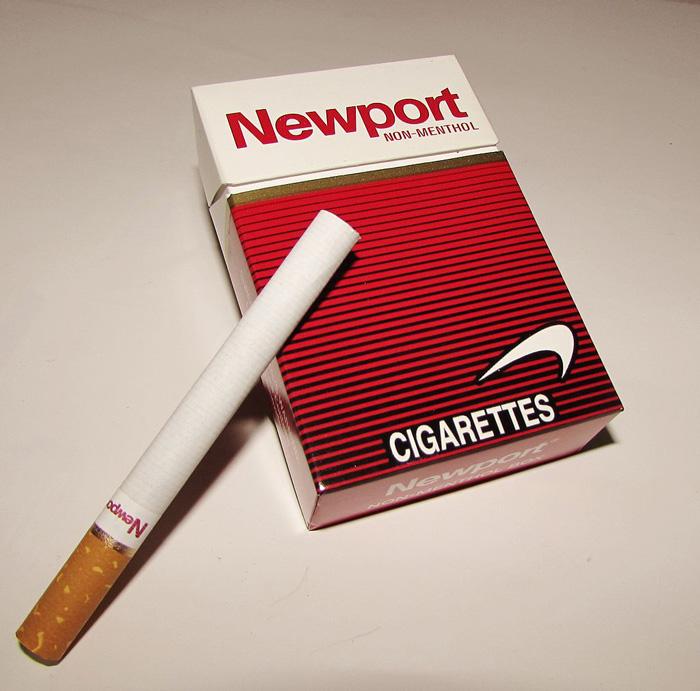 Reklama papierosów Newport