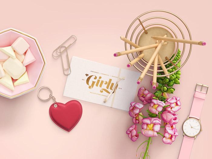 Dziewczęce mockupy - freebies, darmowe materiały