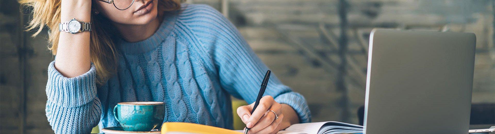 Okładka artykułu Współpraca na linii copywriter – grafik — 7 kluczowych zasad