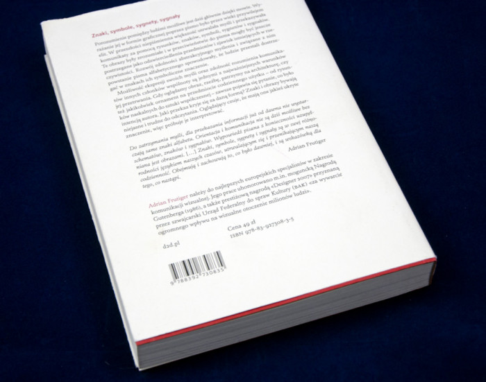 czlowiek-i-jego-znaki-adrian-frutiger-recenzja-03