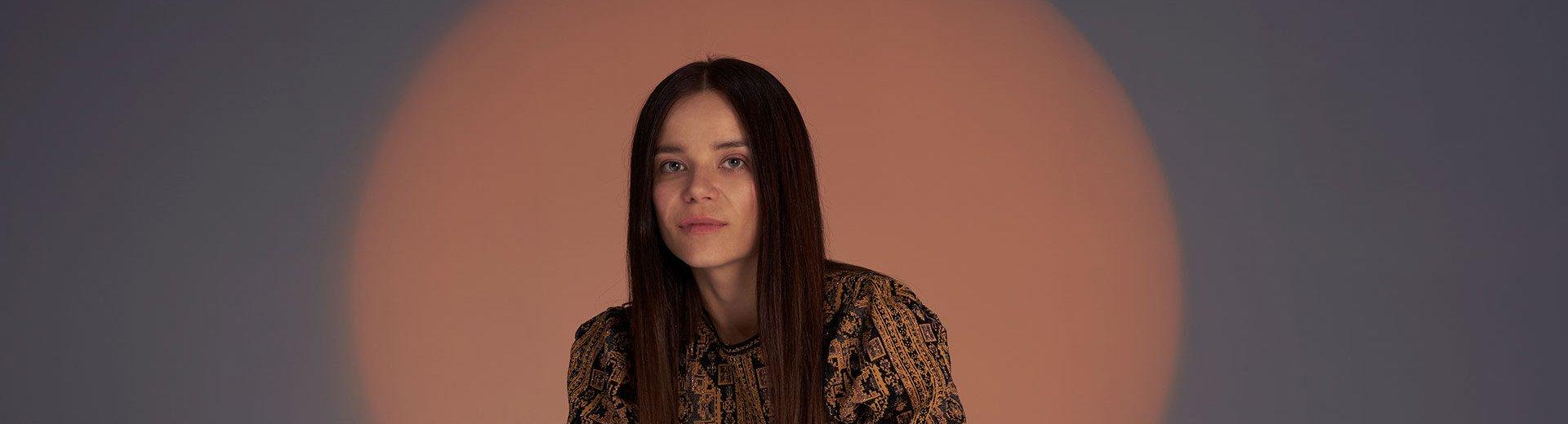 Okładka artykułu Beata Śliwińska o projektowaniu — Barrakuz w rozmowie o sztuce kolażu i współpracy ze Spotify i marką Adidas