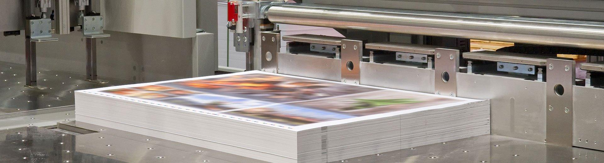 Okładka artykułu Jak przygotować do druku okładkę katalogu — Z wykorzystaniem  lakieru UV