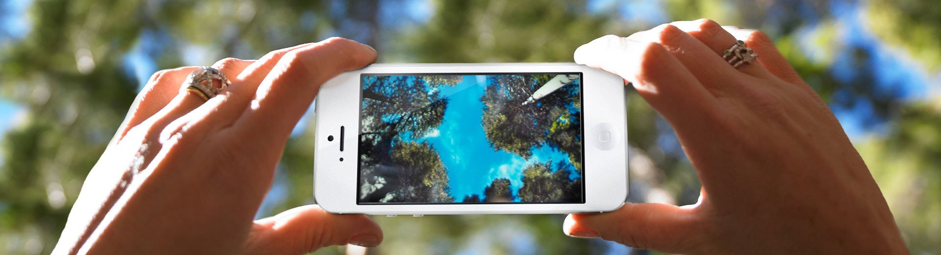 Okładka artykułu Zdjęcia ze smartfonów w kolekcji Fotolia Instant — Nowości w ofercie dostawcy zdjęć